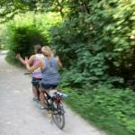2 riders, no hands!